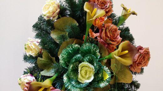 Wiązanki i wieńce z kwiatów sztucznych
