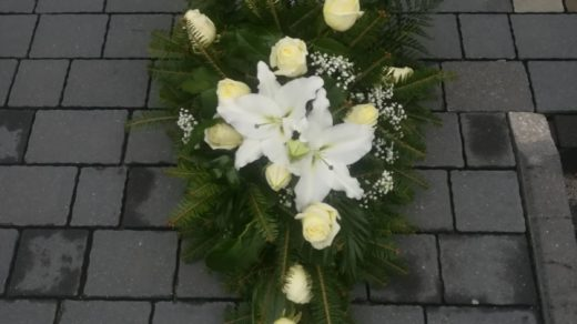 IMG-20210313-WA0000 | Wiązanki i wieńce z kwiatów żywych