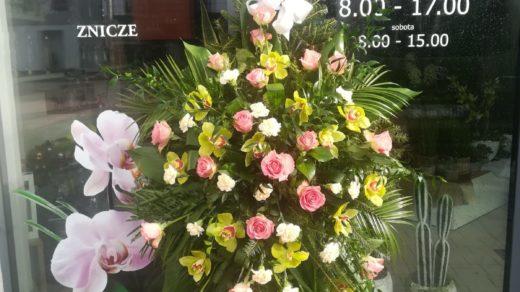 IMG-20210313-WA0002 | Wiązanki i wieńce z kwiatów żywych