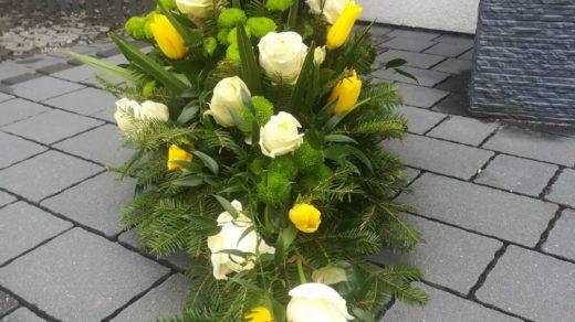 IMG-20210313-WA0017 | Wiązanki i wieńce z kwiatów żywych
