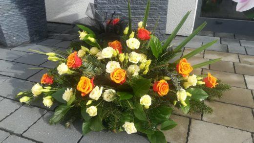 IMG-20210313-WA0033 | Wiązanki i wieńce z kwiatów żywych